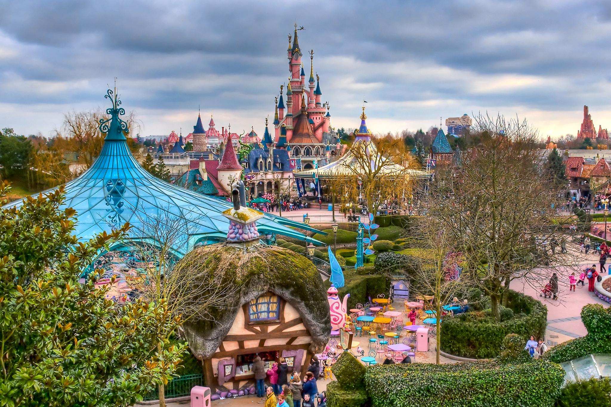 DisneyLand Paris, il parco dei divertimenti più bello d\'Europa